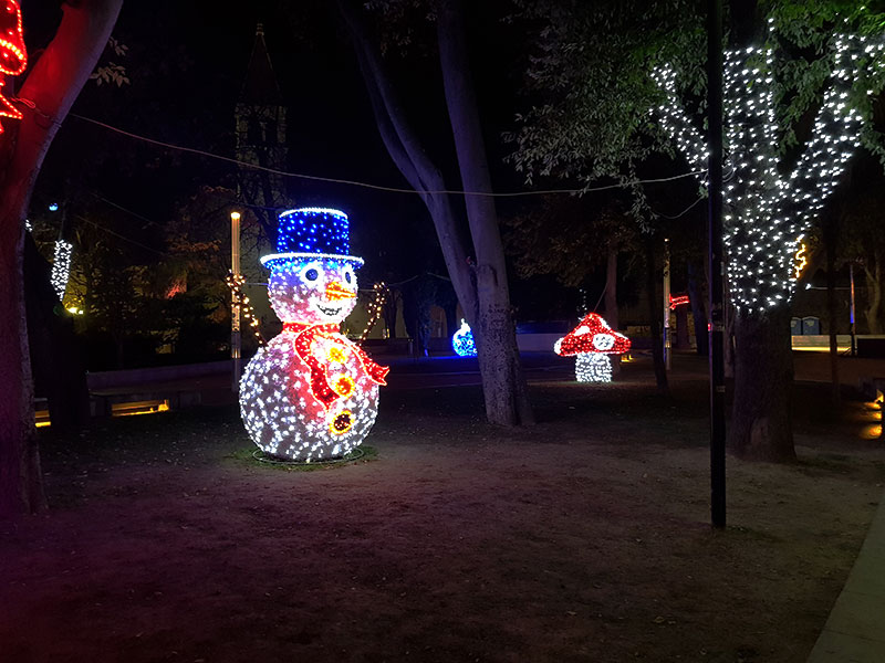 Strossmayer Park Split decorations